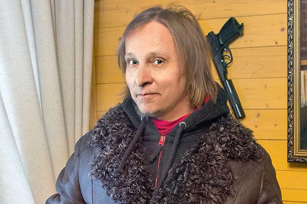 Где живёт Иван Охлобыстин со своей огромной семьёй