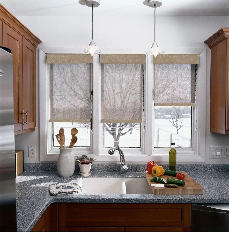 Как исправить недостатки окна при помощи штор