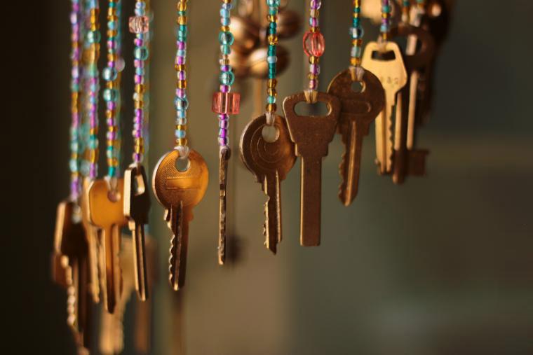 Музыка ветра из старых ключей: волшебный звук в вашем доме