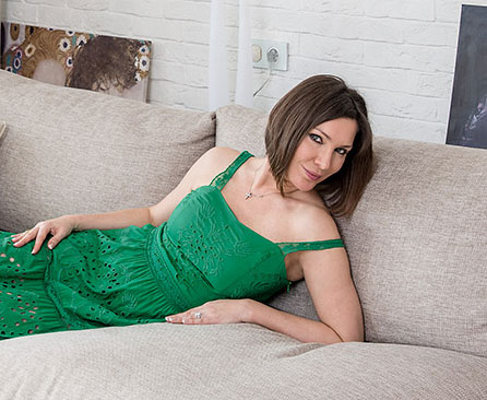 В гостях у российской поп-, хаус-исполнительницы Полины Гриффис