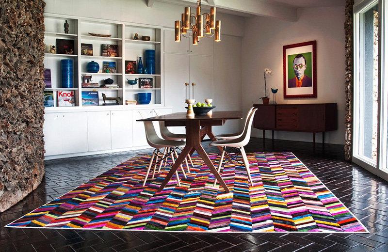 Как сделать ковёр эффектным элементом интерьера: 5 ярких примеров и советы дизайнеров по выбору