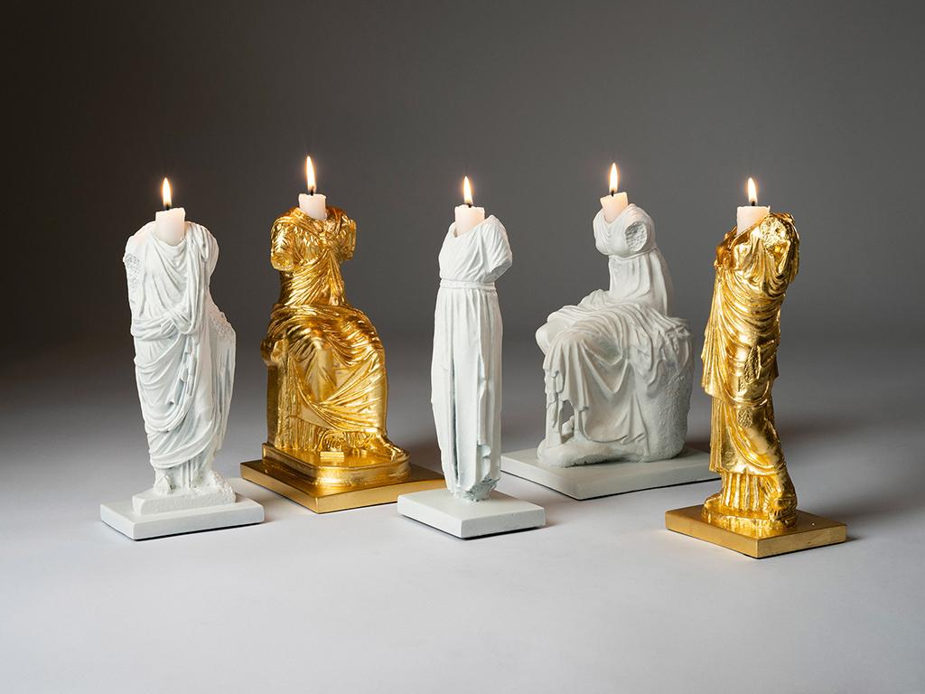 Чилийский дизайнер превратил классическую скульптуру в провокационные предметы интерьера