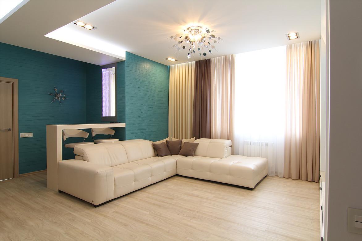 Средиземноморские мотивы и бирюзовый цвет в интерьере новосибирской квартиры