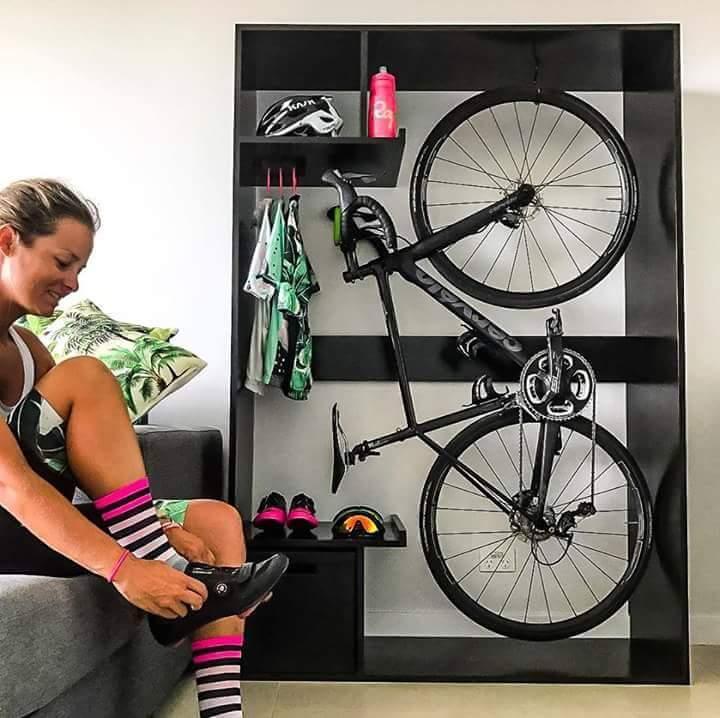 Как хранить велосипед в сезон активного катания: советы дизайнеров по интерьерам