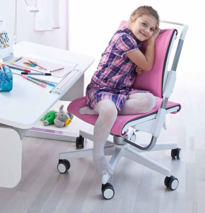 Как правильно подобрать детское кресло для учёбы школьнику