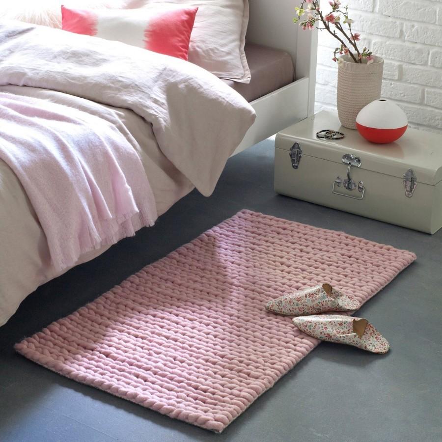 Как выбрать прикроватные коврики для спальни, способные обеспечить уют и комфорт