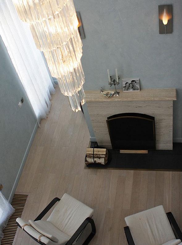 Интерьер в морском стиле для двухуровневой квартиры в Санкт-Петербурге