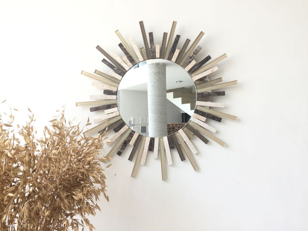 Зеркало-солнце в современном стиле своими руками
