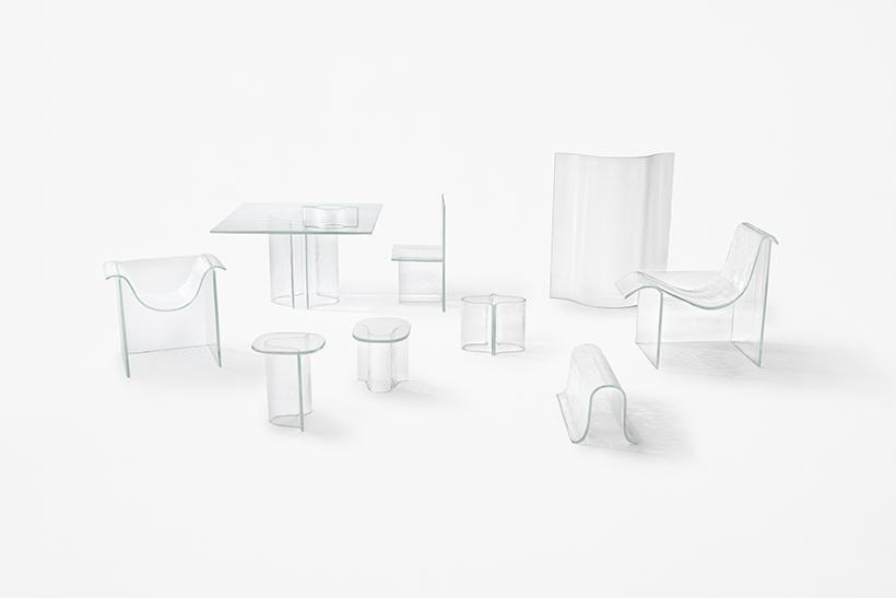 Японское дизайнерское бюро Nendo разработали эффектную стеклянную мебель