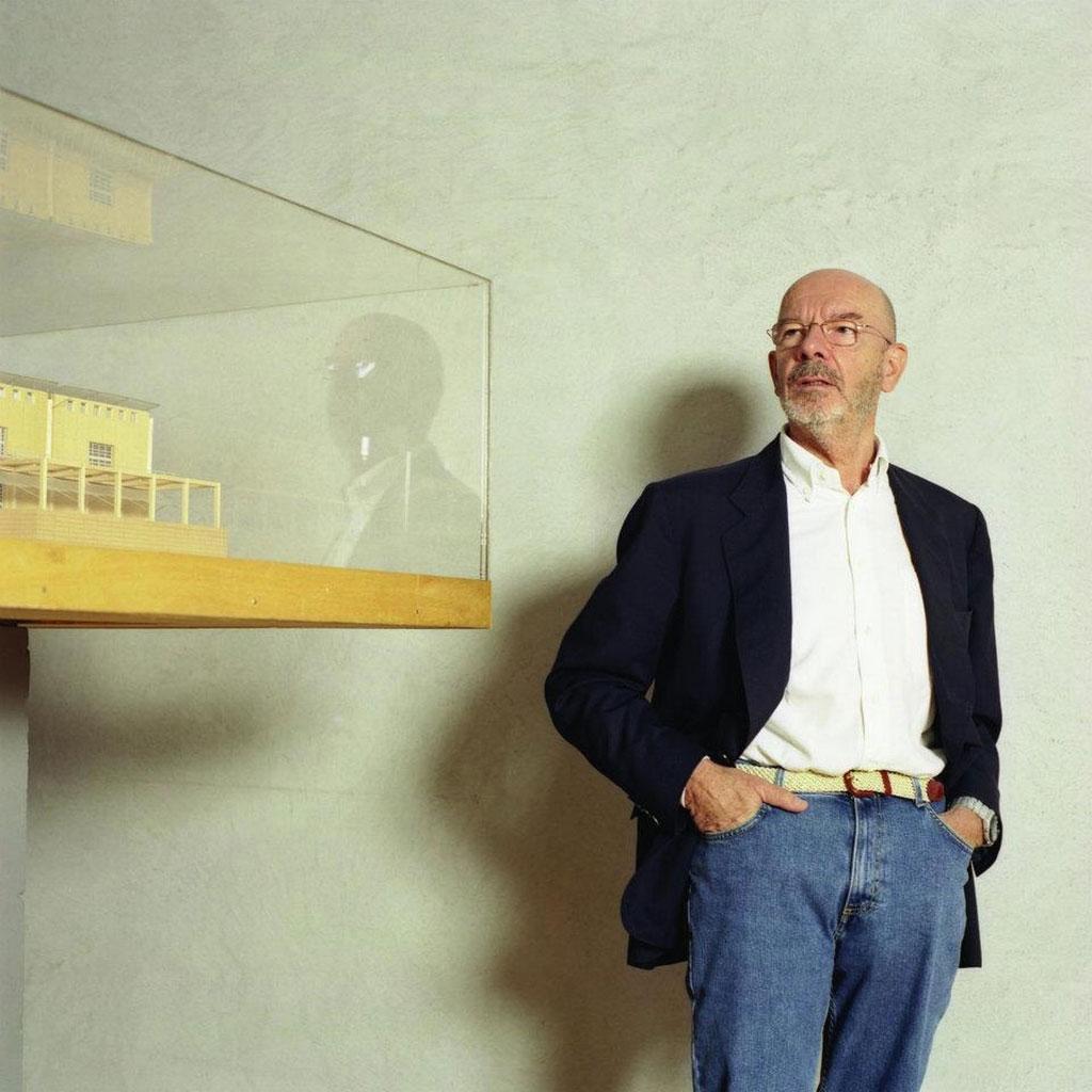 5 марта в Москве откроется выставка «Марио Беллини. Красота по-итальянски»