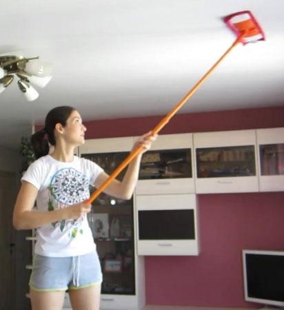 Как быстро и легко отмыть натяжные потолки своими силами