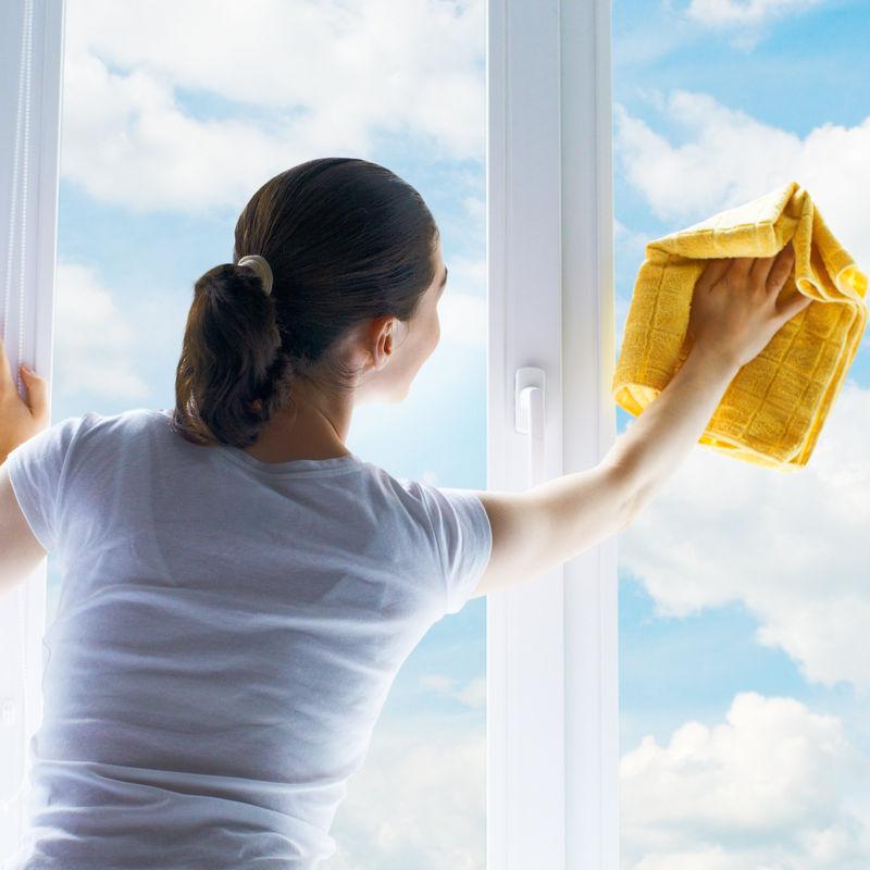 Как быстро помыть балкон (и снаружи тоже)