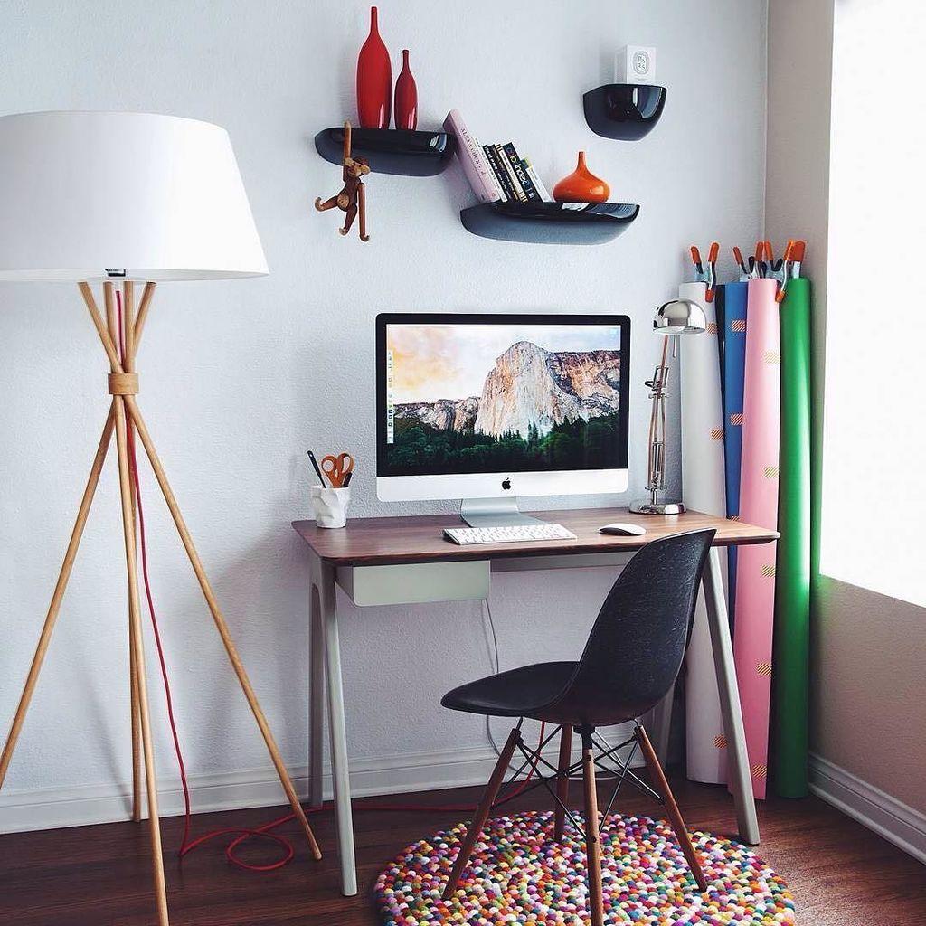 Что делать, если места в квартире нет, а письменный стол нужен позарез: 5 крутых решений