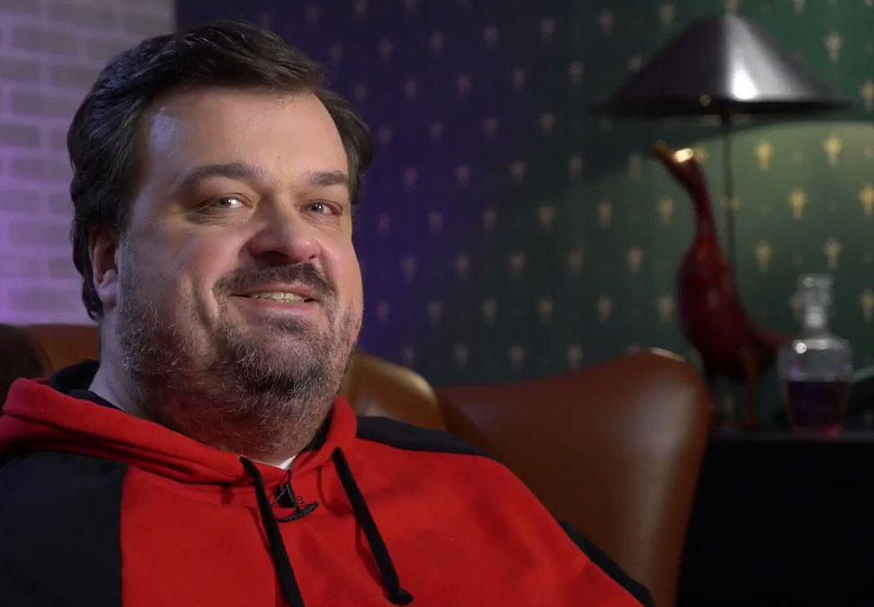 Спортивный комментатор Василий Уткин показал загородное поместье за 1 миллион долларов
