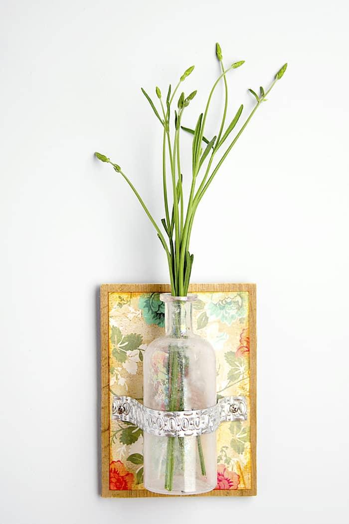 Настенная ваза-панно для цветов своими руками