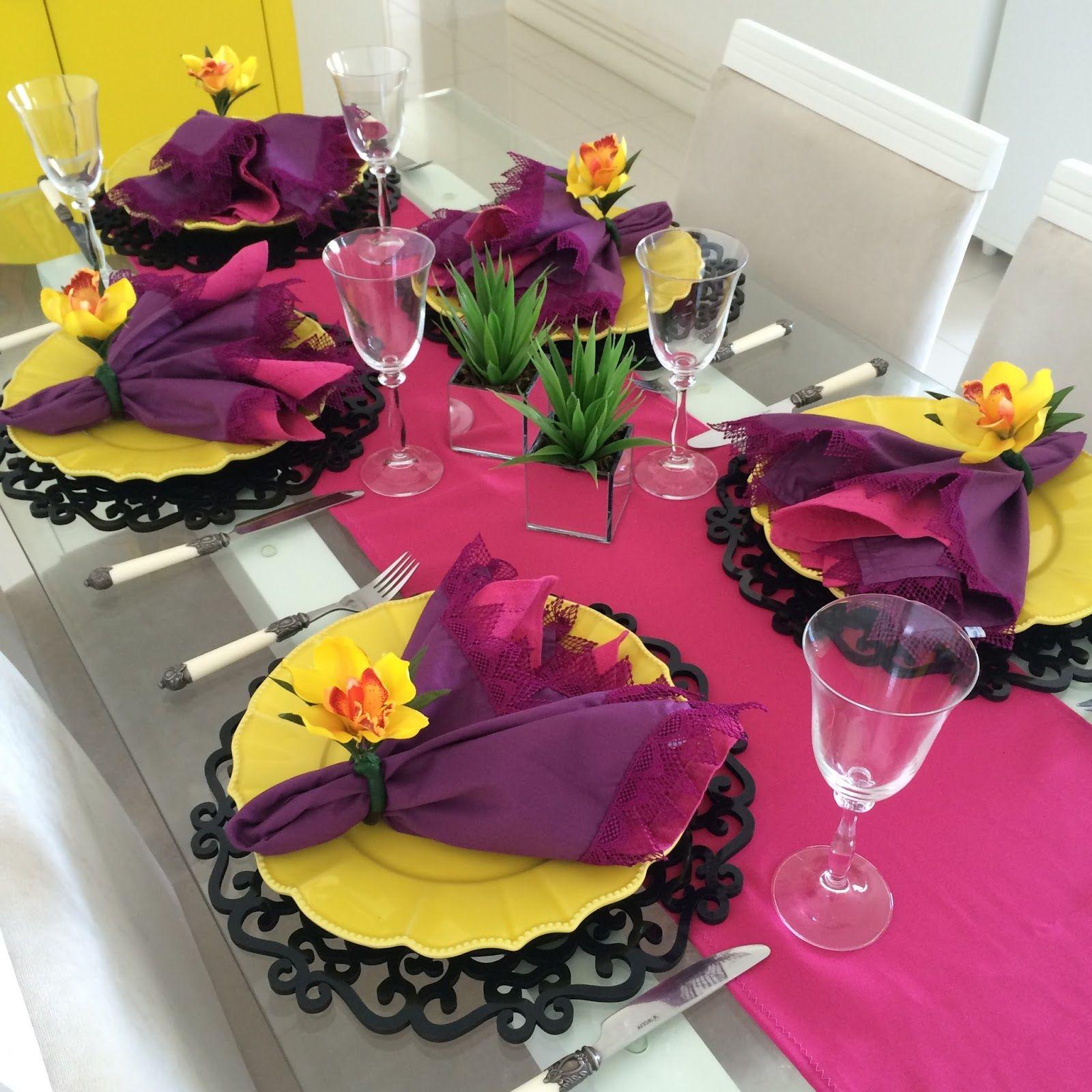 Как оформить и празднично украсить стол на 8 Марта