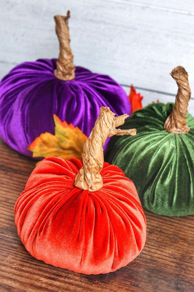 Восхитительные бархатные тыквы для осеннего декора вашего дома DIY