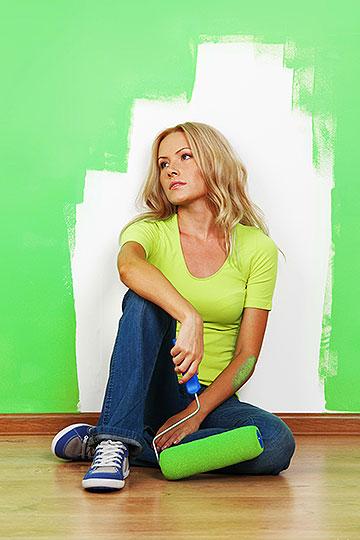 Как покрасить стены и потолок без разводов, инструкция.