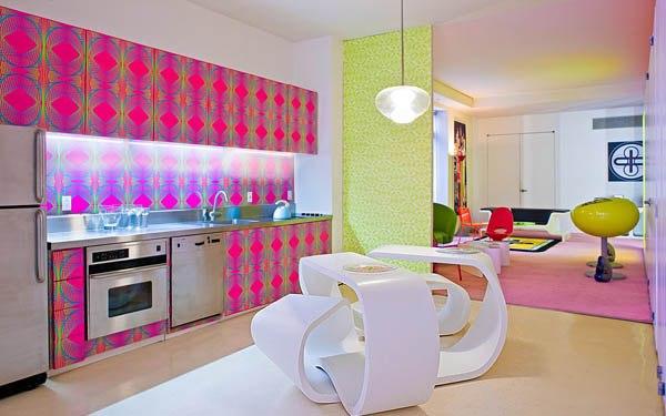 Яркий дизайн обычной квартиры