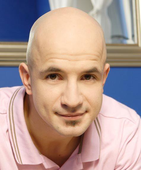 Учитель танцев: Егор Дружинин в домашней обстановке.