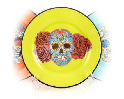 Декоративные тарелки в технике обратного декупажа