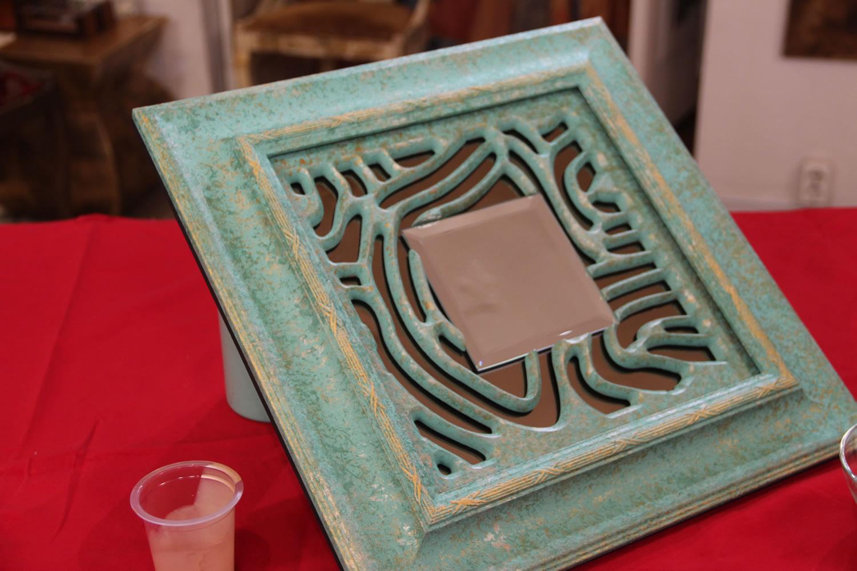 Оригинальное зеркало с эффектом патины